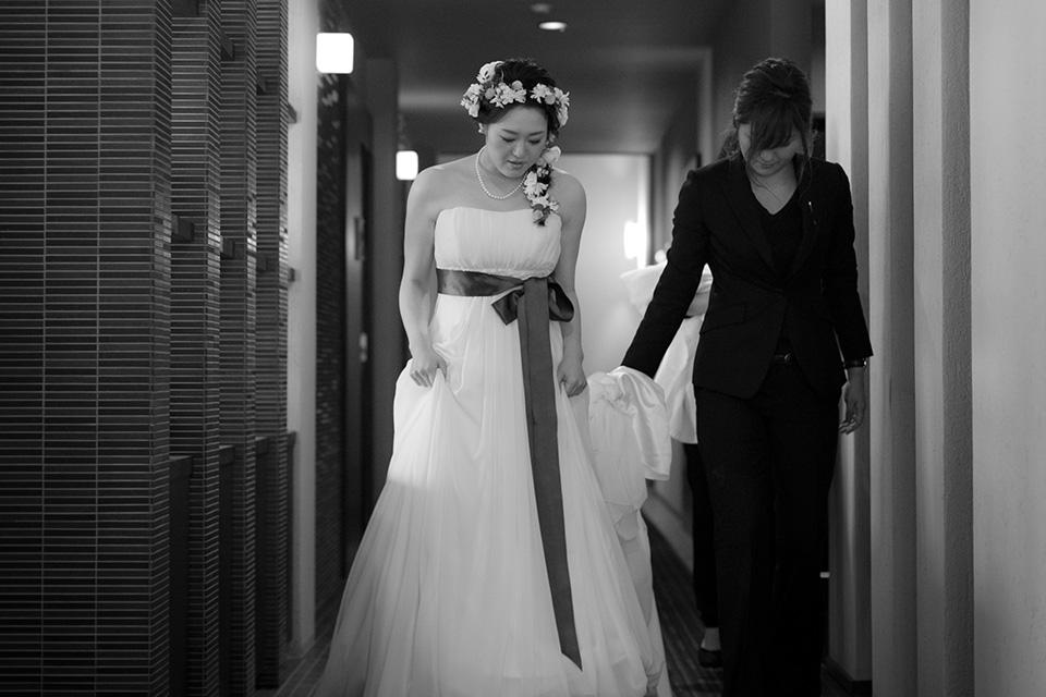 花嫁をアテンド